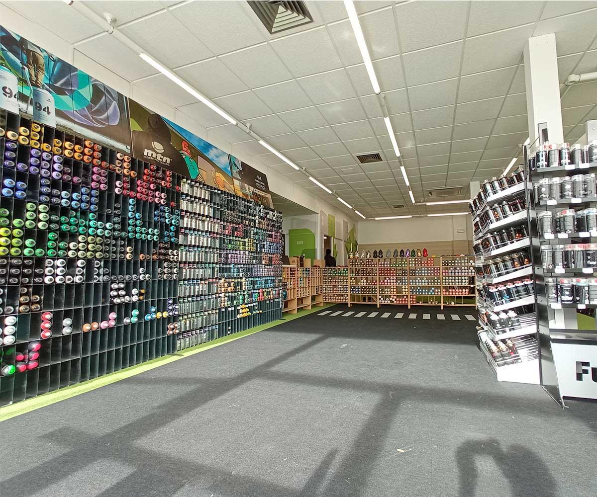 interior-tienda-depincor-malaga-1